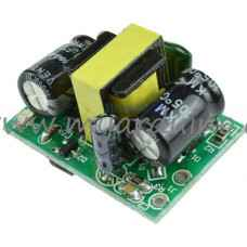 Napájecí zdroj 230V AC na 5V DC 700mA 3,5W